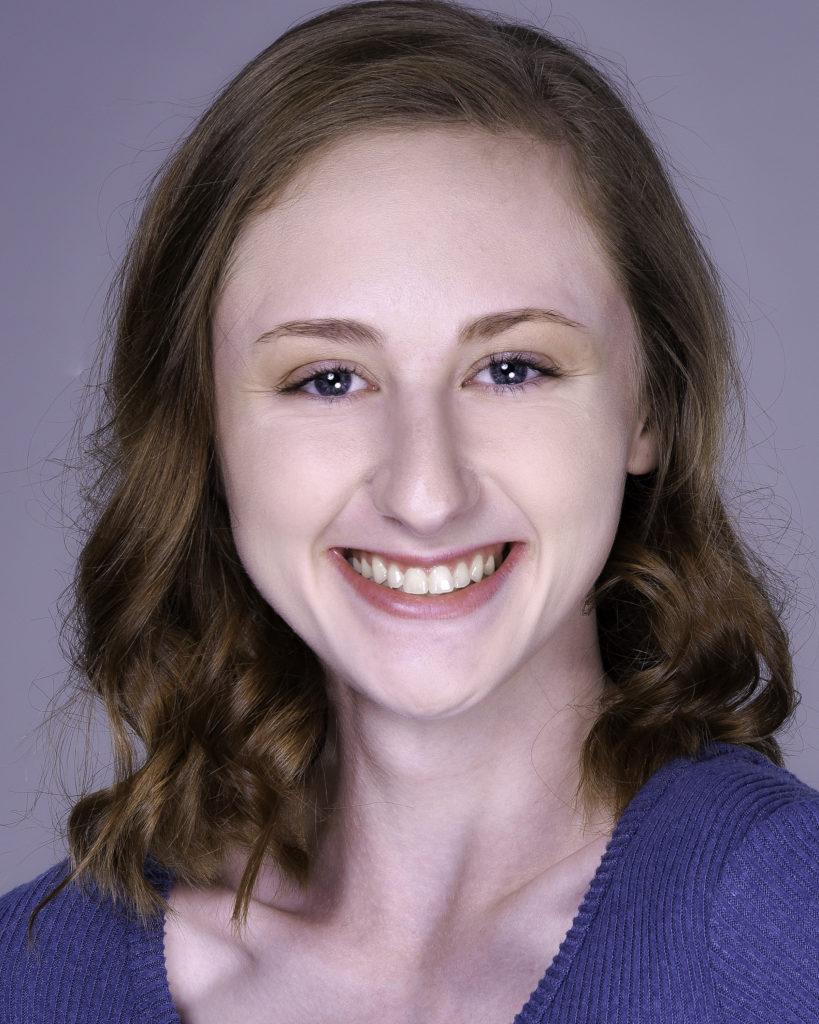 Lauren Treolo Headshot