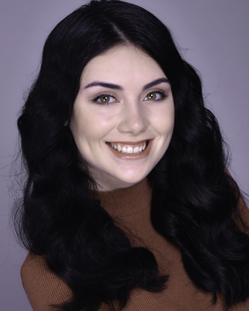 Emily Janssens Headshot