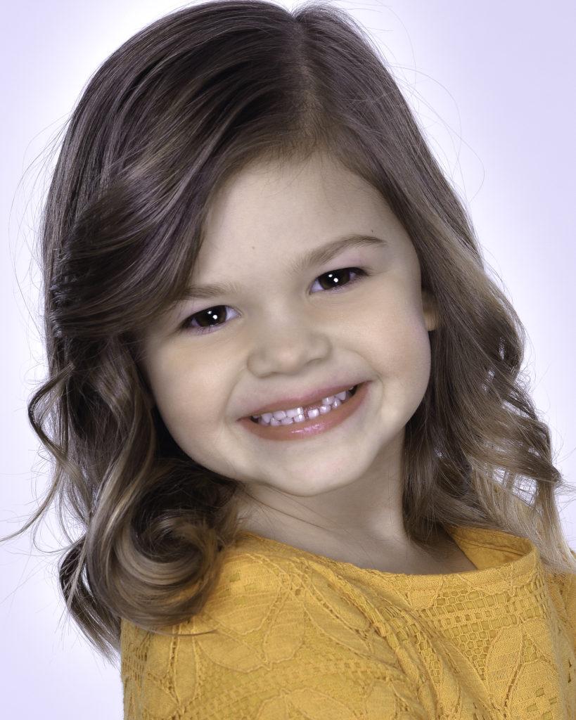 Zoey Peters Headshot
