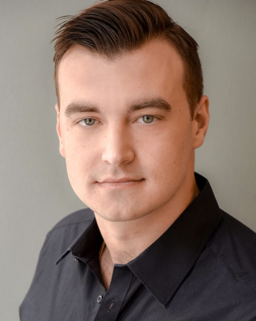 Michael Karis Headshot