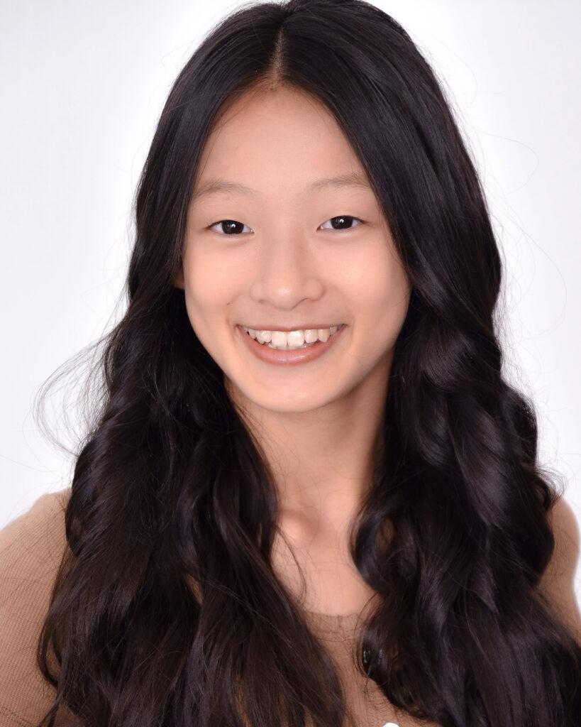 Zoe Liu Headshot